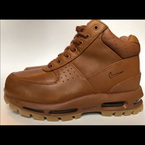 7fc8778f6d9 Nike Air Max Goadome Boots Size 6 and 15